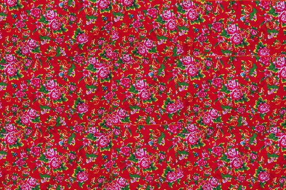 东北大花袄_圈里圈外热议不断,说土的,喊翠花的,调侃是东北炕头大花被面的……而
