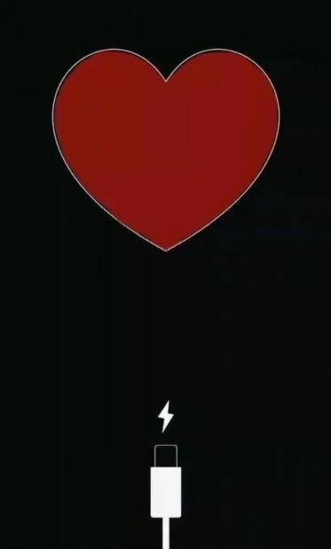 【抖音给心充电图片下载方法】 方法一:直接在本页面保存图片到手机